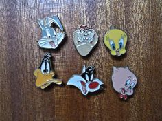 Vintage Looney Tunes Collectors Button Covers 1990's Warner Bros - (6)