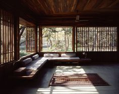Image 12 of 50 from gallery of Copper House II / Studio Mumbai. Photograph by Studio Mumbai Architecture Design, Japanese Architecture, Building Architecture, Installation Architecture, India Architecture, Minimalist Architecture, Interior Exterior, Exterior Design, Asian Interior