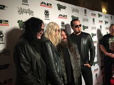 The Pretty Reckless on Red Carpet. Follow me on Instagram for more photos @sweetthingsbr