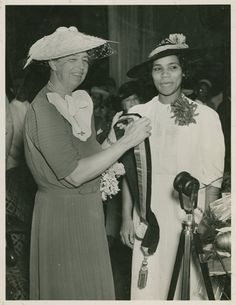 Eleanor Roosevelt and Marian Anderson (via Of Another Fashion)