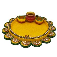 Make this in clay. Shree Dhara Wooden & Paper Mache Flower Shape Pooja Thali With Kundna Work Glass Bottle Crafts, Bottle Art, Arti Thali Decoration, Acrylic Rangoli, Indian Crafts, Wooden Flowers, Thread Jewellery, Paper Flower Tutorial, Diy Home Crafts