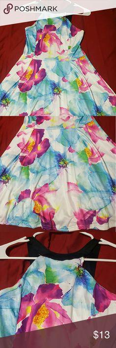 Floral Empire waist Dress Sz: Small Juniors *NWOT* Floral Empire waist Dress. New w/o Tags....Bought online and was removed from bag; however, never worn or washed. Sz: Small Juniors Dresses