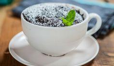 Expresní brownie z mikrovlnky za 5 minut Microwave Brownie, Microwave Meals, Dessert In A Mug, Brownie In A Mug, Single Serve Desserts, Chocolate Brownies, Chocolate Desserts, Breakfast Bowls, Brownie Recipes