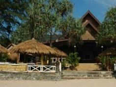 Koh Lanta Diamond Sand Palace Resort Thailand, Asia Ideally located in the prime touristic area of Klong Dao Beach, Diamond Sand Palace Resort promises a relaxing and wonderful visit. The property features a wide range of facilities to make your stay a pleasant experience. Take advantage of the hotel's free Wi-Fi in all rooms, car park, airport transfer, restaurant, tours. Guestrooms are fitted with all the amenities you need for a good night's sleep. In some of the rooms, gue...