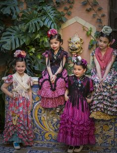 Moda flamenca infantil de Marta Arroyo. J.M. Serrano Flamenco Wedding, Flamenco Party, Flamenco Dancers, Spanish Woman, Spanish Style, Tutu Costumes, Folk Costume, Spanish Fashion, Tiny Dancer