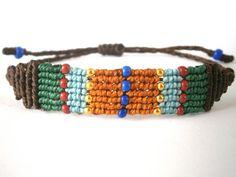 Macrame bracelet/Beaded macrame bracelet/Boho bracelet/Micromacrame