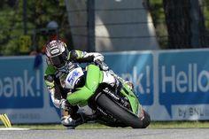 World Supersport - Imola Day 1 - http://superbike-news.co.uk/Motorcycle-News/world-supersport-imola-day-1/