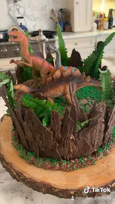 Dinasour Birthday Cake, Dinasour Cake, Toddler Birthday Cakes, 5th Birthday Cake, Dinosaur Birthday, Hunting Birthday Cakes, Dinosaur Cake Easy, Dinosaur Cakes For Boys, Dinosaur Cake Tutorial