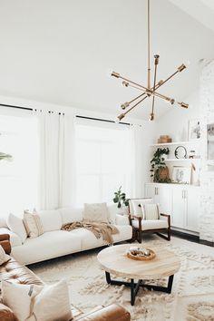 Interior Design Minimalist, Interior Design Living Room, Living Room Decor, Modern Room Design, Modern Minimalist Living Room, Interior Office, Interior Garden, Design Room, Design Bathroom