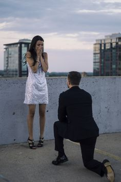 This guy faked an entire action movie to propose to his girlfriend. The video is epic >> http://howheasked.com/an-explosive-engagement