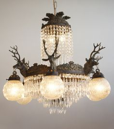 eye-for-design-decorer-avec-des-lustres-et-des-appliques-en-cristal-montes/ delivers online tools that help you to stay in control of your personal information and protect your online privacy. Decor, Sconces, Vintage Chandelier, Conservatory Lighting, Crystal Sconce, French Empire Chandelier, Small Chandelier, Deer Mounts, Crystal Chandelier