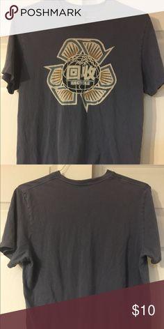 Lucky Men's shirt Size M Lucky Men's shirt Size M barely worn Lucky Brand Shirts Tees - Short Sleeve