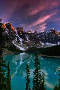 Moraine Lake | Top 10 most amazing places to travel