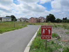 Ireland, Sidewalk, Country Roads, Content, Side Walkway, Walkway, Irish, Walkways, Pavement