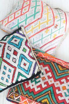 berber cushions. moroccan inspiration. inspiración marroquí.