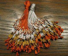 Braymere Custom Saddlery: How to make three tiered tassels, part two Beaded Embroidery, Embroidery Stitches, Hand Embroidery, Embroidery Designs, Diy Tassel, Tassels, Arabian Costume, Bridal Mehndi Dresses, Crochet Shirt