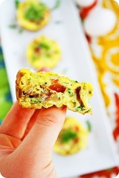 mini vegetable and bacon frittatas.  perfect for make-ahead breakfasts on the go!