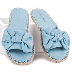 2272978f1b954 8 najlepších obrázkov z nástenky Dámske papuče   Photo Manipulation ...
