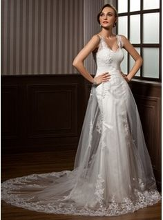 A-Line/Princess Sweetheart Chapel Train Satin Tulle Wedding Dress With Ruffle Lace