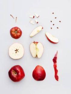 Photo by Veslemøy Vråskar. Fruit Photography, Food Photography Styling, Still Life Photography, Food Styling, Photo D Art, Poster Design, Think Food, Jolie Photo, Fruit And Veg