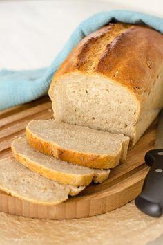 Baking the perfect bread: the crispy crust Joyful Das perfekte Brot backen: die Knusper Kruste Bread Bun, Pan Bread, Bread Baking, Bread Food, Banana Bread Recipes, Cake Recipes, Pizza Recipes, Pampered Chef, Food Cakes