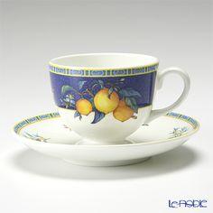 Wedgwood citron tea cup and saucer (Lee) Vintage Teacups, Types Of Tea, Porcelain Mugs, Plate Design, Designers Guild, Wedgwood, Tea Cup, Cup And Saucer, Hot Chocolate
