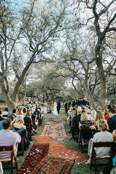 Madeleine and Colin's Greenery Filled Texan Wedding at Home by Grant Daniels . Madeleine and Colin's Greenery Filled Texan Wedding at Home by Grant Daniels Photography Home Wedding, Farm Wedding, Dream Wedding, Wedding Day, Wedding Blog, Wedding Isles, Field Wedding, Gypsy Wedding, Wedding Things