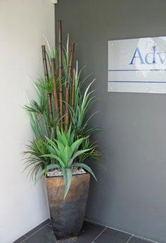 Something very simple and also very beautiful you can do for your front door entrance is to have flower pots. Display them on either side of the . Floor Vase Decor, Vases Decor, Fake Flowers Decor, Flower Decorations, House Plants Decor, Plant Decor, Artificial Flowers Outdoors, Hotel Flower Arrangements, Big Indoor Plants