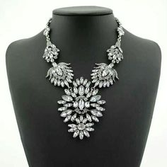 Gorgeous Women Bling Crystal Statement Necklace $75