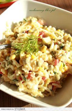 Sałatka ryżowa z selerem konserwowym Składniki: 100 g… na Stylowi.pl B Food, Good Food, Yummy Food, Tasty Dishes, Side Dishes, Vegetarian Recipes, Cooking Recipes, Appetizer Salads, Side Salad