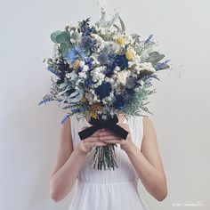 Planning A Fantastic Flower Wedding Bouquet – Bridezilla Flowers Dried Flower Bouquet, Flower Bouquet Wedding, Dried Flowers, Floral Wedding, Bridal Flowers, Love Flowers, Wedding Event Planner, Flower Quotes, Bride Bouquets