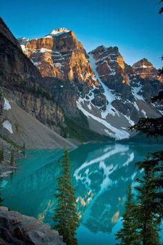 Moraine Lake,  Canadian Rocky Mountains, Banff National Park.