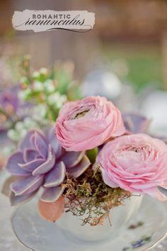 Romantic ranunculus | At Home in Love