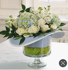 Floral Centerpieces, Wedding Centerpieces, Floral Arrangements, Centrepieces, Centerpiece Ideas, Deco Floral, Arte Floral, Floral Foam, Run For The Roses