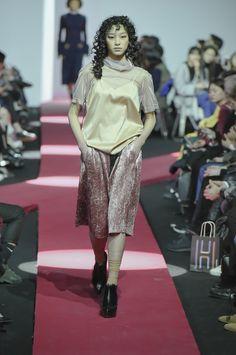 J Koo Seoul Fall 2016 Collection Photos - Vogue