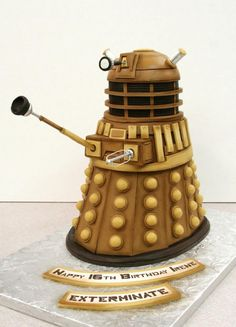 Doctor Who cake! Exterminate!!!!  Harry Potter Batman Doctor Who Geek Cakes | The Mary Sue
