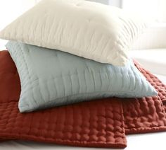 Red Bedding, Red Quilts & Red Bed Sets with Porcelain Blue | Pottery Barn