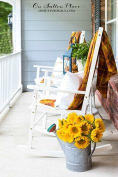 Easy Front Porch Dec