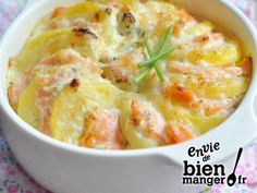 Gratinated potatoes with smoked salmon - Un Nuage En Lair - - Gratiné de pommes de terre au saumon fumé Recipe of Potato Gratin with Smoked Salmon Salty Foods, Cooking Recipes, Healthy Recipes, Smoked Salmon, Potato Recipes, Food Inspiration, Love Food, Entrees, Food Porn