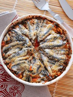 Good Food, Yummy Food, Tasty, Fish Recipes, Healthy Recipes, Sicilian Recipes, Sicilian Food, Zucchini Pizzas, Italy Food