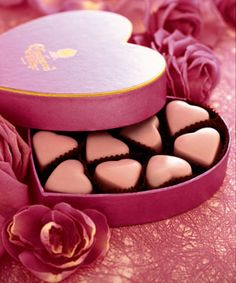 Because Nothing is Prettier than Pink Chocolate Delight, Pink Chocolate, Chocolate Shop, Chocolate Hearts, My Sweet Valentine, Funny Valentine, Chocolate Tumblr, Pink Hotel, Heart Shaped Chocolate