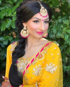 954 Likes 8 Comments Studio Elan Makeup and Hair (Eleanor Hendriks) on Instag Pakistani Wedding Dresses, White Wedding Dresses, Indian Dresses, Indian Outfits, Indian Clothes, Sangeet Outfit, Mehendi Outfits, Indian Wedding Makeup, Indian Bridal Makeup