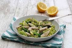 Pâtes sauce au brocolis et émincé de dinde Asparagus, Green Beans, Food And Drink, Menu, Sauce Crémeuse, Vegetables, Cooking, Voici, Parmesan