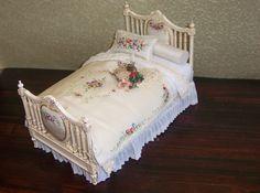 Capiz Bed