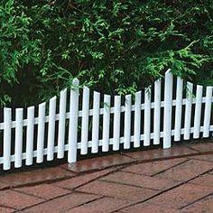 White Plastic Picket Fence 24ft, for egg hunt?