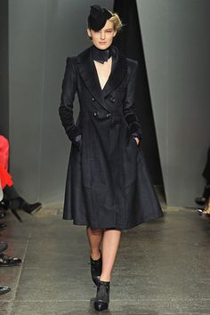 Donna Karan Fall 2012 Ready-to-Wear Collection Slideshow on Style.com