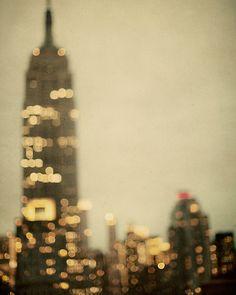 So pretty #EmpireStateBuilding #NYCLove