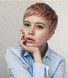 Today we have the most stylish 86 Cute Short Pixie Haircuts. We claim that you have never seen such elegant and eye-catching short hairstyles before. Pixie haircut, of course, offers a lot of options for the hair of the ladies'… Continue Reading → Cute Short Haircuts, Cute Hairstyles For Short Hair, Short Hair Cuts, Bob Hairstyles, Short Hair Styles, Ladies Hairstyles, Curly Haircuts, Wedding Hairstyles, Pinterest Hairstyles