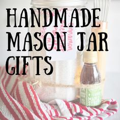 Do you need a gift idea that is inexpensive, delicious, and homemade? A gift in a jar is edible and made beforehand, so the recipient can quickly prepare the dish. Find a few scrumptious ideas below! Jar Food Gifts, Diy Gifts In A Jar, Mason Jar Gifts, Homemade Gifts, Small Gifts, Mason Jar Desserts, Mason Jar Meals, Meals In A Jar, Christmas Gifts For Friends