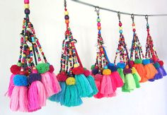 Tassel Decoration Tassel Bag Charm Tassel Keychain Tassel Decor Tassel Pompom Swag Decorating Supplies Assorted Colors Custom Orders by midgetgems on Etsy Tassel Purse, Tassel Keychain, Raffia Bag, Sewing Projects, Craft Projects, Diy Accessoires, Pom Pom Crafts, Thinking Day, Beaded Purses